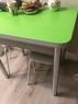 Стол зеленые цветы